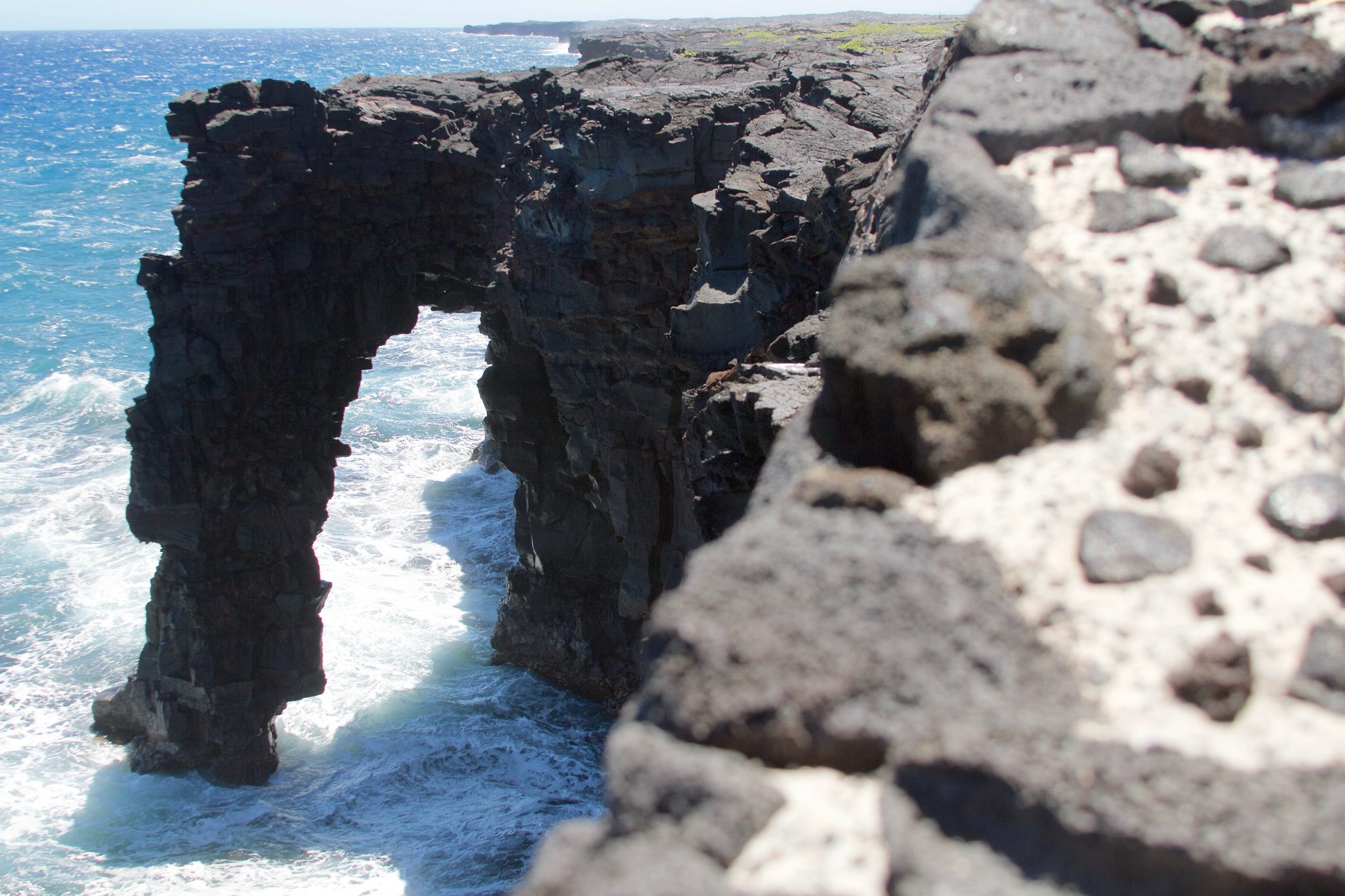 Holei Sea Arch at Hawai'i Volcanoes National Park. Photo by Jamie Balaoro | The Golden Bullet Magazine | thegoldenbullet.org